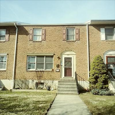 Reading PA Townhouse For Sale: $169,900