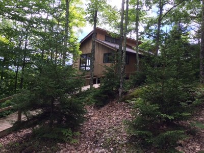 Elizabethtown, Jay, Keene, Keene Valley, Lake Placid, Saranac Lake, Westport, Wilmington, Loon Lake, Rainbow Lake, Tupper Lake Single Family Home For Sale: 362 Adrians Acres Lane