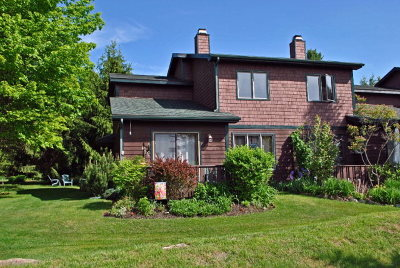 Essex County Single Family Home For Sale: 10 1 Hemlock