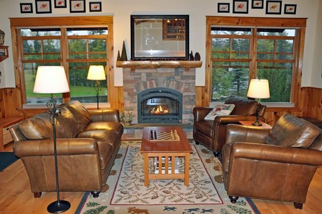 4 bed / 4 full, 1 partial baths Condo/Townhouse in Lake Placid for $509,000