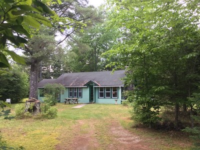Keene NY Single Family Home For Sale: $150,000