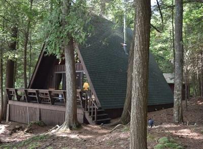 Single Family Home For Sale: 101 Raquette Shores Way