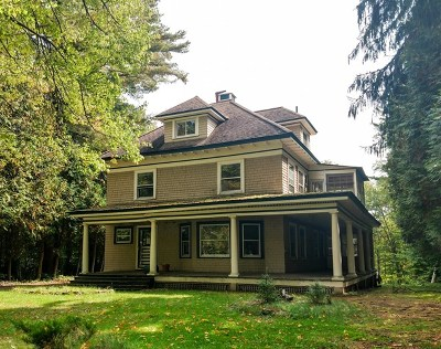 Saranac Lake NY Single Family Home For Sale: $264,500