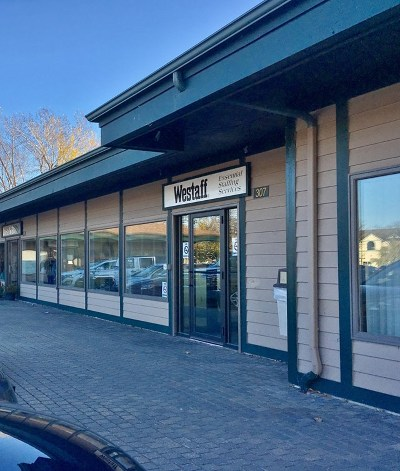 Commercial For Sale: 307 West Bay Plaza