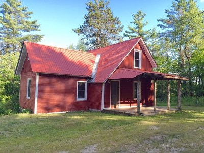Onchiota NY Single Family Home For Sale: $120,000