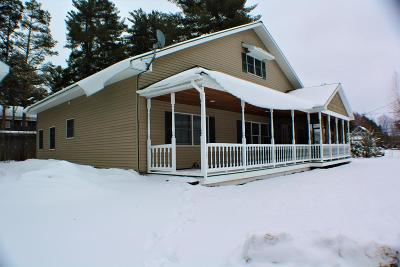 Elizabethtown, Jay, Keene, Keene Valley, Lake Placid, Westport, Wilmington, Loon Lake, Rainbow Lake, Saranac Lake, Tupper Lake Single Family Home For Sale: 8 Victor Ave