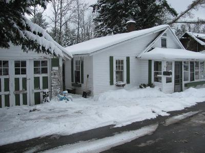 Elizabethtown, Jay, Keene, Keene Valley, Lake Placid, Westport, Wilmington, Loon Lake, Rainbow Lake, Saranac Lake, Tupper Lake Single Family Home For Sale: 33 Nichol St