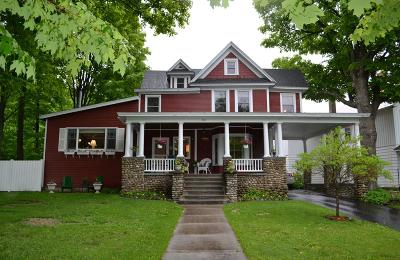 Saranac Lake NY Single Family Home For Sale: $219,000