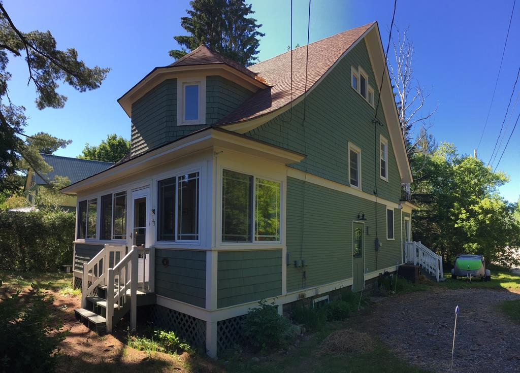 3 bed / 2 baths Home in Saranac Lake for $239,000