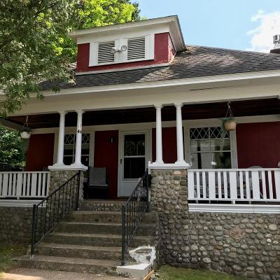 Saranac Lake NY Single Family Home For Sale: $250,057
