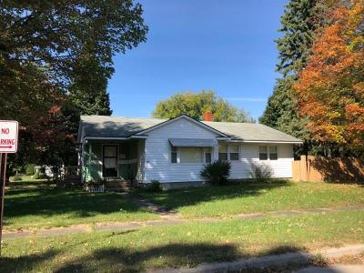 Malone Single Family Home For Sale: 8 Fourth St