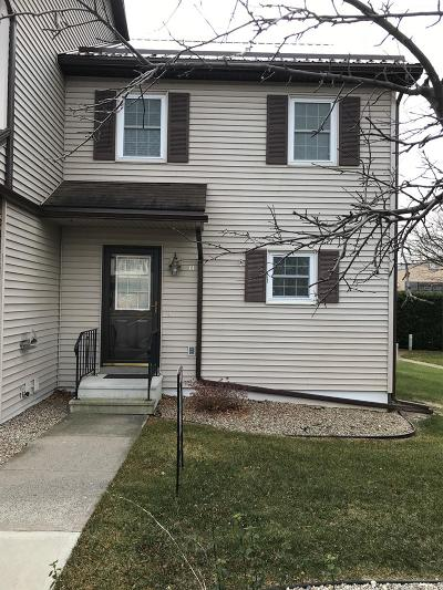 Single Family Home For Sale: 11 Set Point