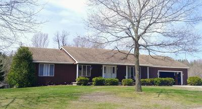 Franklin County Single Family Home For Sale: 15723 State Route 30