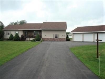 Malone Single Family Home For Sale: 268 Denio