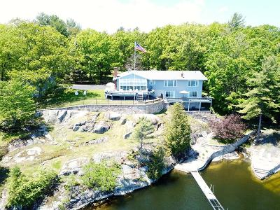 Essex County Single Family Home For Sale: 76 Water Edge Road