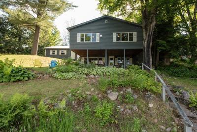 Single Family Home For Sale: 53 Sugar Bush Lane