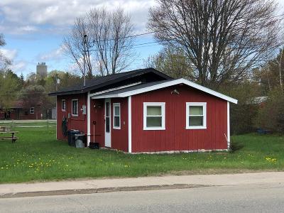 Single Family Home For Sale: 41 Washington Street