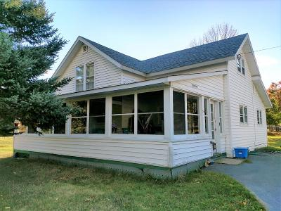 Keene Valley Single Family Home For Sale: 15 Maple Tree Way