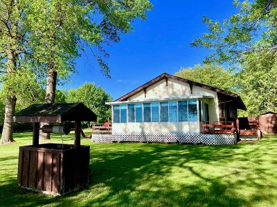 Single Family Home For Sale: 28 Lakeland Drive