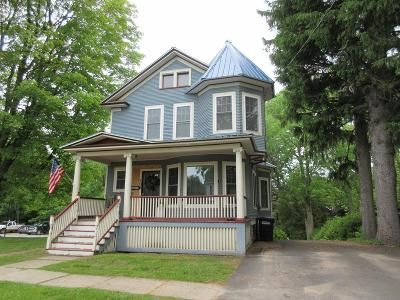 Malone Single Family Home For Sale: 106 Park Street
