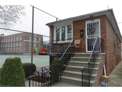 Single Family Home For Sale: 1836 Coleman Street