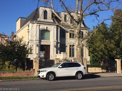 Brooklyn Single Family Home For Sale: 2304 East 66 Street