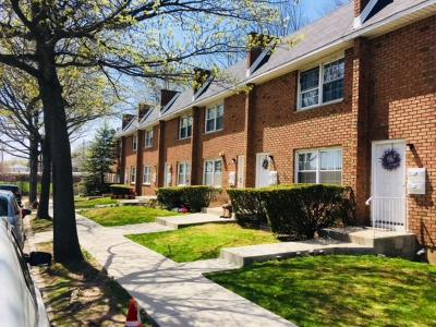 Staten Island Multi Family Home For Sale: 100 Parkinson Avenue