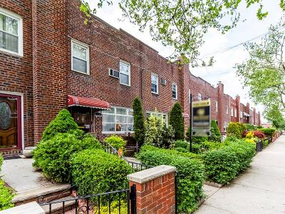 Brooklyn Single Family Home For Sale: 1542 East 59th Street