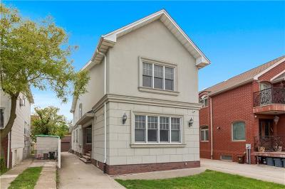 Brooklyn Single Family Home For Sale: 4106 Manhattan Avenue
