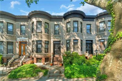 Brooklyn Single Family Home For Sale: 643 76 Street