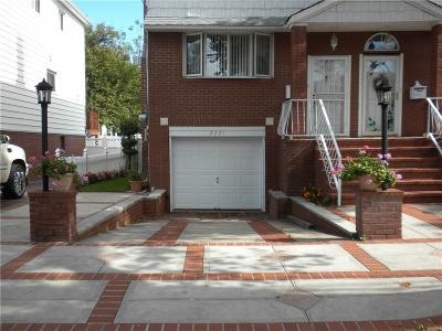 Brooklyn NY Single Family Home For Sale: $900,000