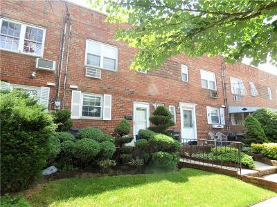 Brooklyn NY Single Family Home For Sale: $528,000