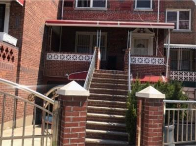Brooklyn NY Multi Family Home For Sale: $745,000