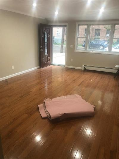 Brooklyn NY Single Family Home For Sale: $729,000