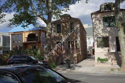 Brooklyn NY Single Family Home For Sale: $1,025,000