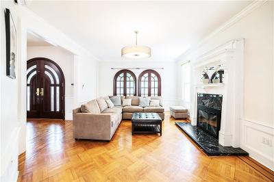 Brooklyn NY Single Family Home For Sale: $1,800,000