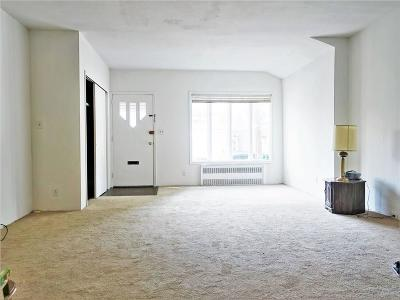 Brooklyn Single Family Home For Sale: 905 Avenue M