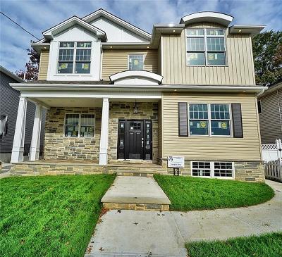 Staten Island Multi Family Home For Sale: 169 Bathgate Street