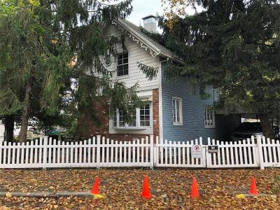 Single Family Home For Sale: 1528 Coleman Street