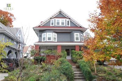 Brooklyn Single Family Home For Sale: 783 East 17 Street