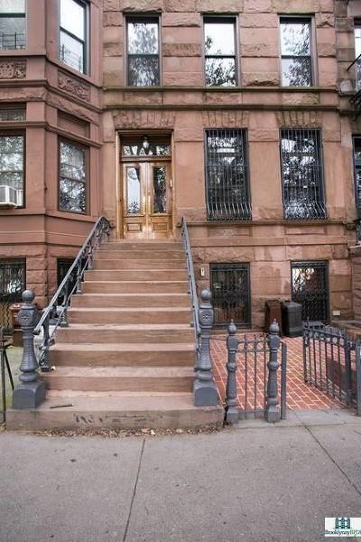 Brooklyn Single Family Home For Sale: 538 9 Street