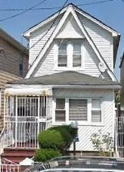 Brooklyn NY Single Family Home For Sale: $530,000