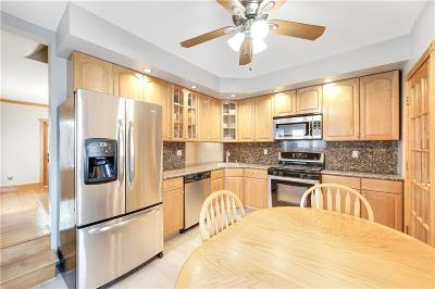 Brooklyn NY Single Family Home For Sale: $988,000