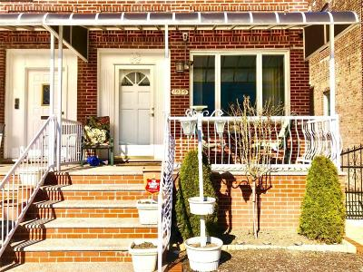 Single Family Home For Sale: 1929 61 Street