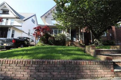 Brooklyn Single Family Home For Sale: 265 77 Street