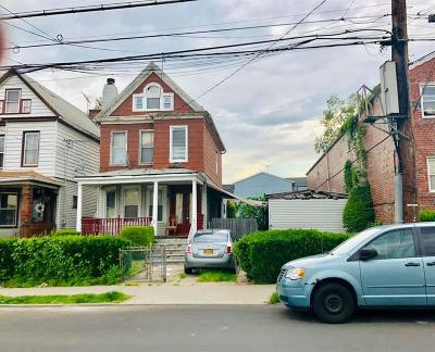 Brooklyn Single Family Home For Sale: 9317 Foster Avenue