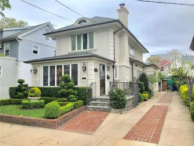 Brooklyn NY Single Family Home For Sale: $1,789,000