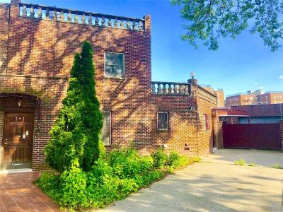 Brooklyn NY Single Family Home For Sale: $1,195,000
