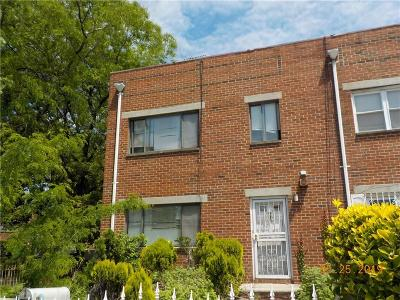 Brooklyn NY Single Family Home For Sale: $898,800