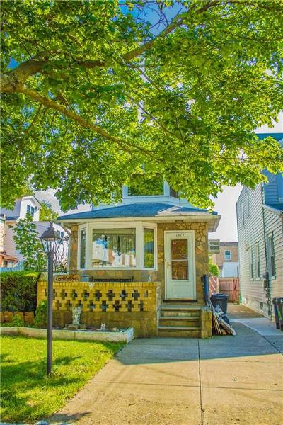 Single Family Home For Sale: 1874 East 35 Street